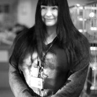 Minna Tikka-Lapveteläinen, ohjaaja