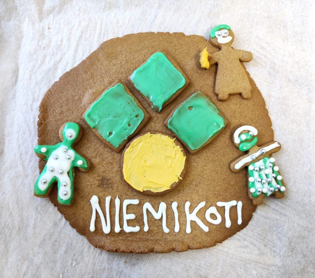 Eiran asumisyksikössä valmistaudutaan jouluun ja tänään leivottiin pipareita tur...