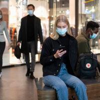 Helsingin seudun joukkoliikenteessä maskipakko voimaan lauantaina