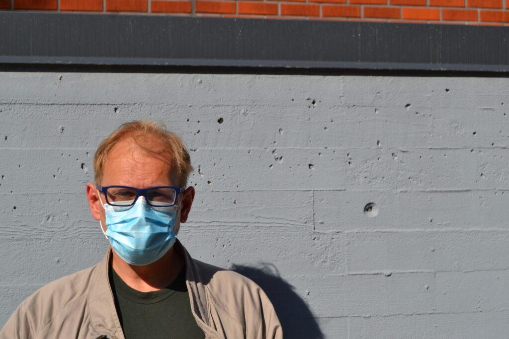 Heikki Krook maskissa